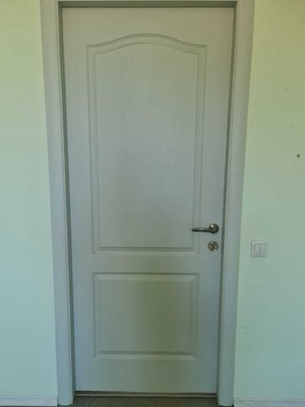 Продаю Двери б/у