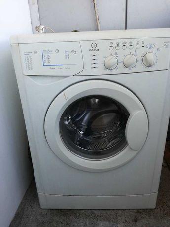 Maquina lavar roupa Indesit 6kg