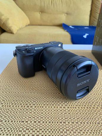 Aparat Sony a6300 + 18-105mm, karty pamięci, torba, akcesoria
