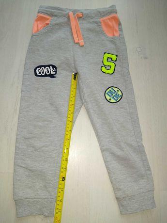Spodnie dresowe 110 cm