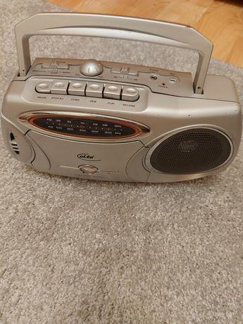Radiomagnetofon elta