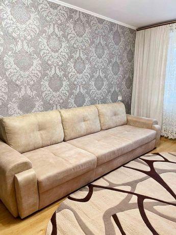 Продаж квартири з ремонтом та меблями р-н Вишенька