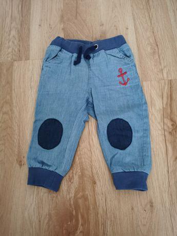 Spodnie chłopięce 5.10.15 r. 74