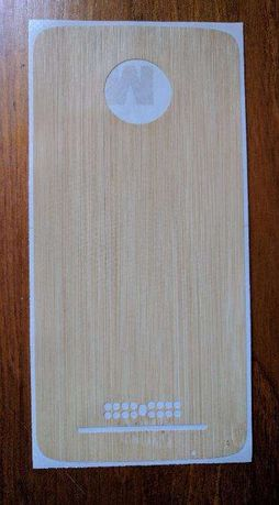 dbrand skin bamboo para Moto Z Play e Moto Z force