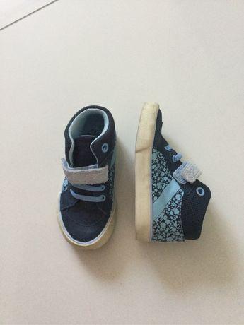 Детские кроссовки, мокасины Clarks на мальчика 22-23 размер 14 см