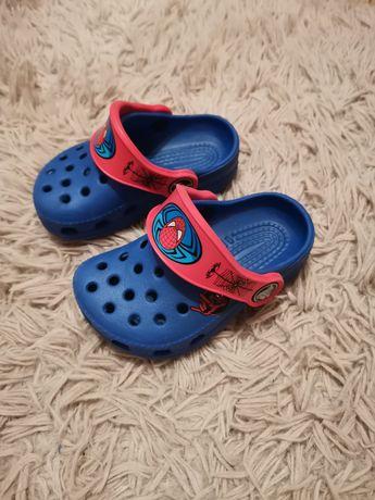 Crocs Spider-Man idealne