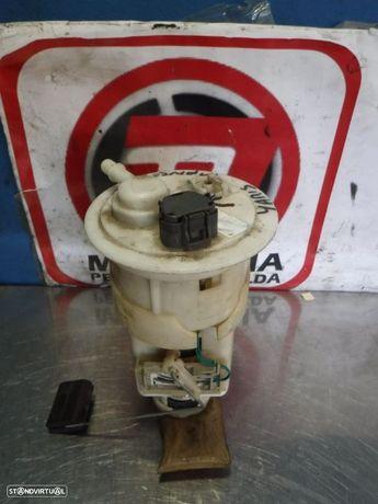 Bomba / Boia de Combustivel Toyota Yaris