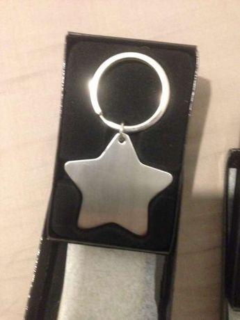2 Porta chaves em aço