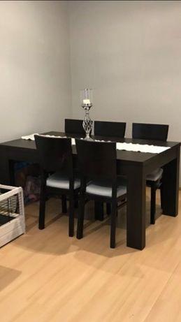 Komplet rozkładany stół i krzesła