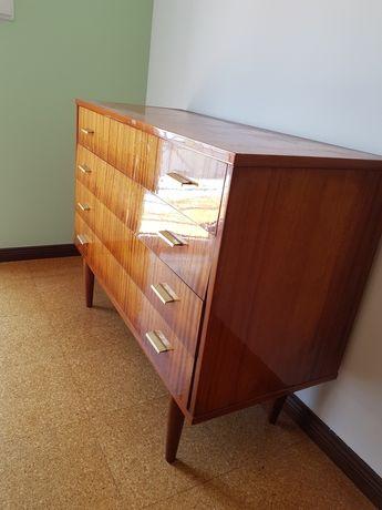 Mobília de quarto de casal vintage