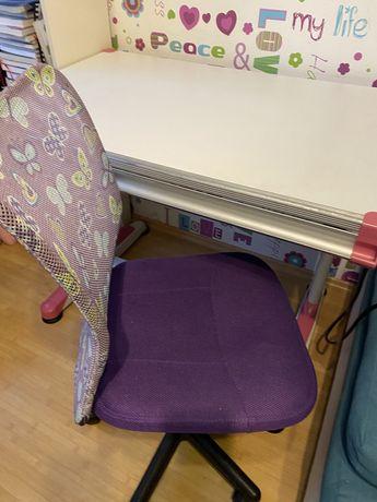 Krzeslo obrotowe dla ucznia