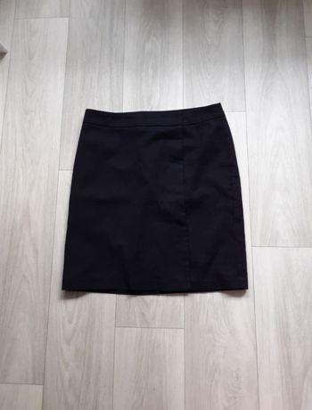 Czarna mini spódniczka benetton m elegancka materiałowa