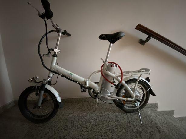 Электро велосипед Унисекс с пробегом по украине где-то 20 км