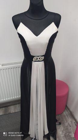 Śliczna długa sukienka Okazja !