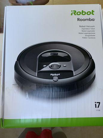 Roomba I7 com 1 ano garantia.