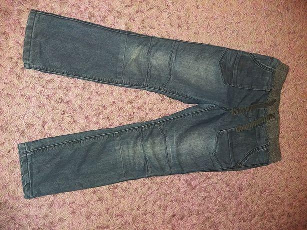 Spodnie ocieplane 140