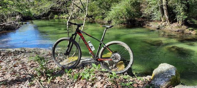 Bicicleta Deed vector 29er