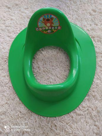 Детское сиденье-накладка на унитаз