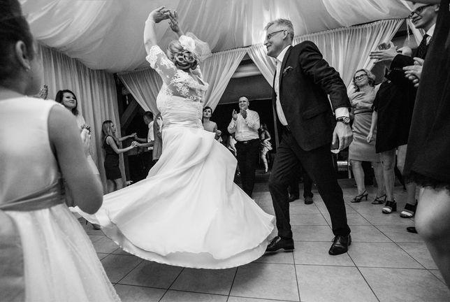 Szykowna suknia ślubna Sincerity Bridal 44-46