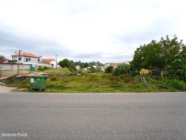 Terreno para construção, à venda a cerca de 2,5 km da vil...