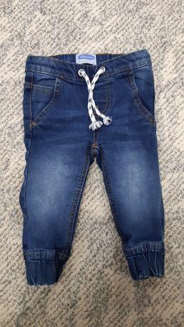 Джинсовые штаны, джогеры.