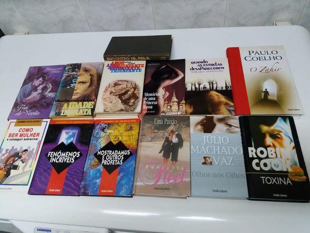 Livros de edição do Círculo de Leitores