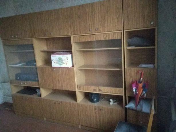 Мебель для зала . Стенка.