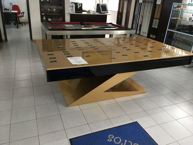 Bilhar / Snooker em Z dourado NOVO