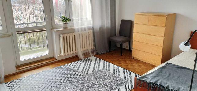Mokotów Stegny 55m ,3 pokoje ,czyste,bezpośr.