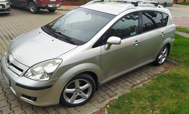 Sprzedam Toyotę Corolla Verso 2,2 Diesel 2006 rok