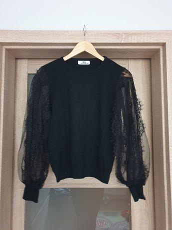 Sweter czarny oryginalny tiul tiulowe rękawy