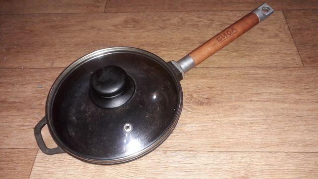 Сковорода чугунная Биол со съёмной ручкой