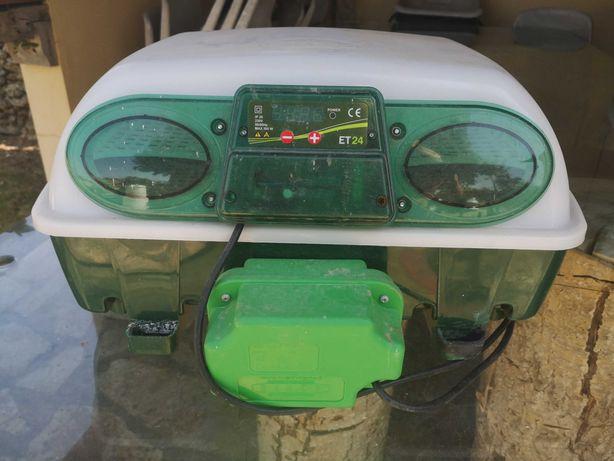 Chocadeira de ovos River incubadora ET24