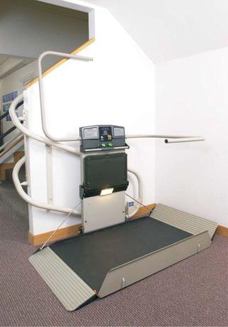 Plataforma para cadeira de rodas - ARTIRA