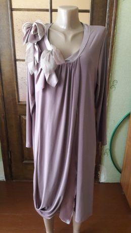 Платье нарядное 54-56 разм.