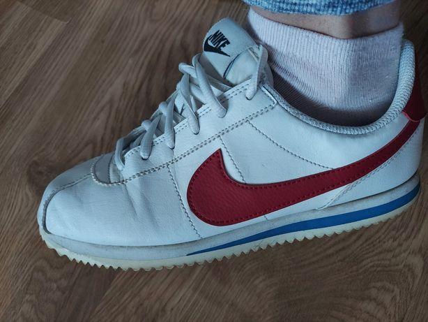 Buty Nike Cortez r.39