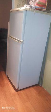 "Холодильник ""Атлант"" б. у"