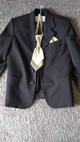 Czarny garnitur rozmiar 140