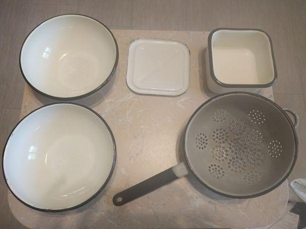 Посуда советская эмалированная