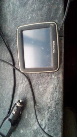 GPS da TOMTOM a funcionar com bateria viciada