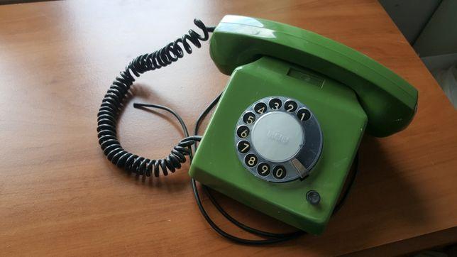 Telefon z epoki PRL