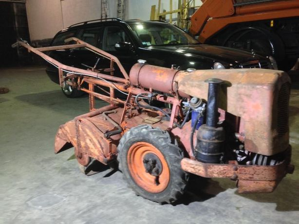 Tractor antigo Sachs Diesel