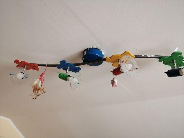 Lampa sufitowa do dziecięcego pokoju