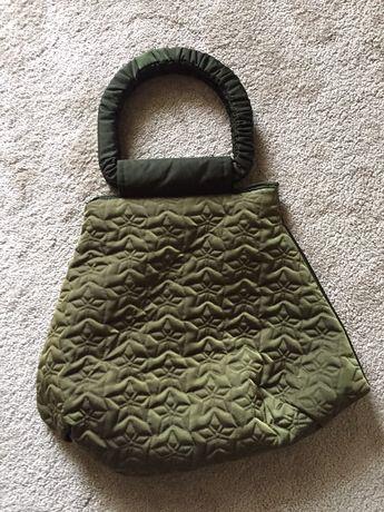 Bolsa verde nova usada 1x