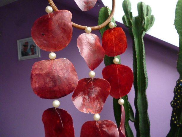 Duży Łapacz snów z rubinowych muszli