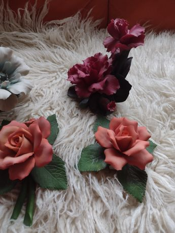 Kwiaty porcelanowe