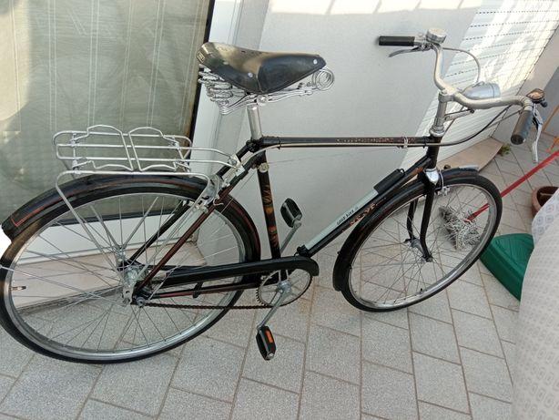Bicicleta pasteleira Como Nova