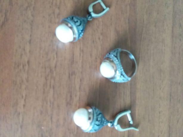 Набір срібний з перлинками