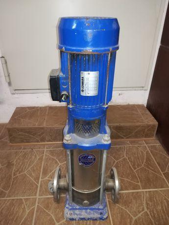 Pompa stojąca  Lowara 2,2 kw silnik