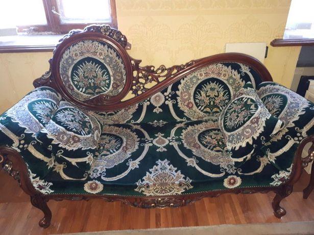 Софа для дома (диван)
